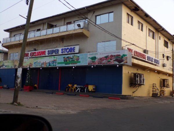 Exlusive-store